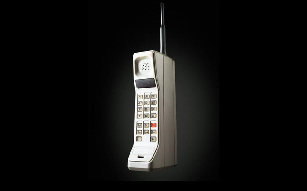 Motorola-DynaTAC-Sistema-avanzado-telefono_LRZIMA20130403_0111_4