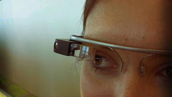 Google Glass ilk güncellemesine kavuştu
