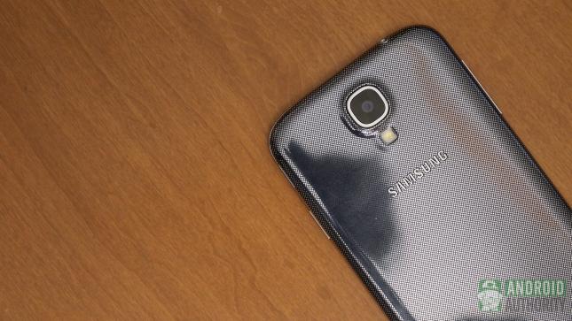 Samsung Galaxy S4'e yeni renk seçeneği geliyor