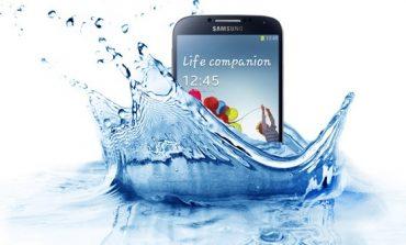 Samsung, Galaxy S4 Active'yi tanıttı