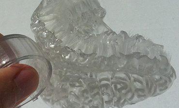 3D yazıcıyla yapılan fırça, dişlerinizi 6 saniyede fırçalıyor