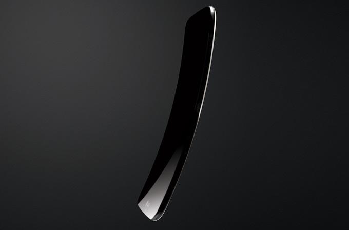 LG'nin kavisli akıllı telefonu LG G Flex resmi olarak tanıtıldı