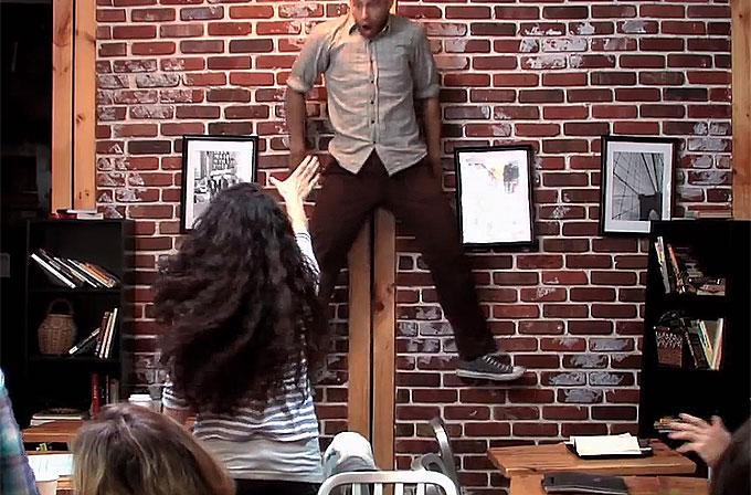 Video: Kahve dükkanında şok geçirten telekinezi şakası