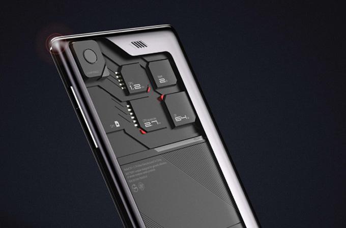 Geleceğin akıllı telefonu ECO-MOBIUS