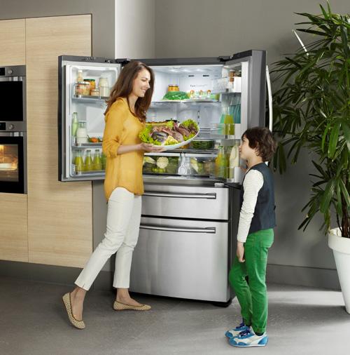 samsung-dort-kapili-buzdolabi-lifestyle