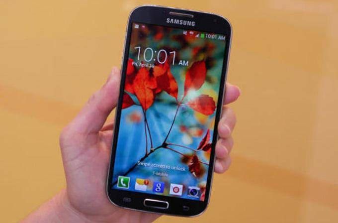 Snapdragon 800 işlemcili Galaxy S4 Advance göründü
