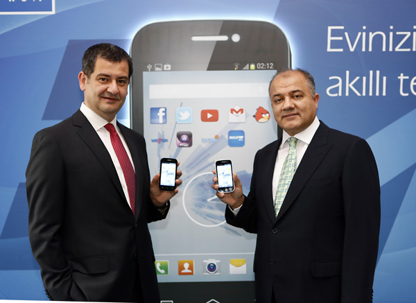 turk-telekom-e4