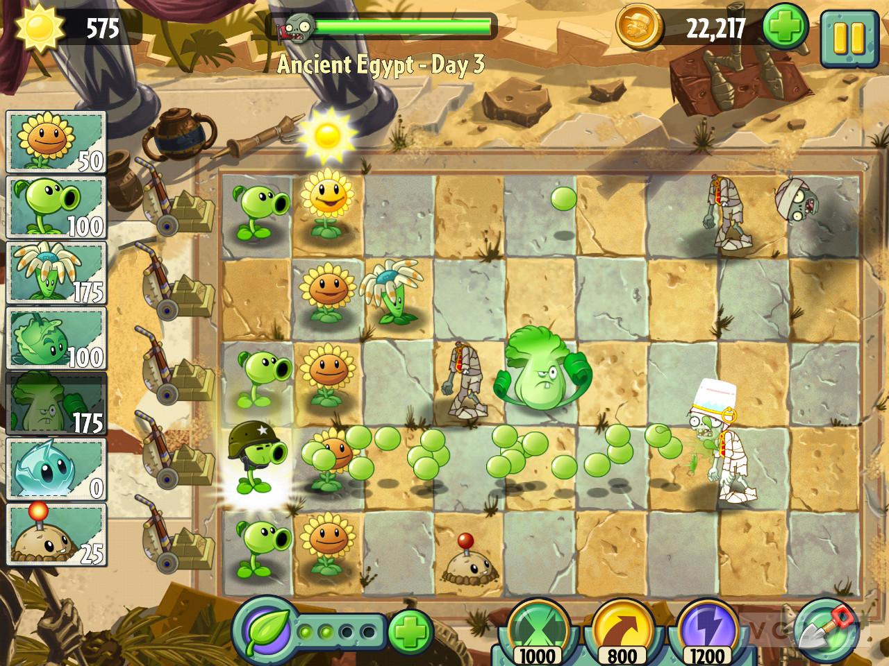 In ilk oyunuyla büyük başarı yakaladığı plants vs zombies oyunu