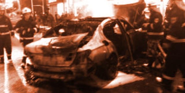 Çinli oyuncu içinde olduğu aracın yandığını farketmedi