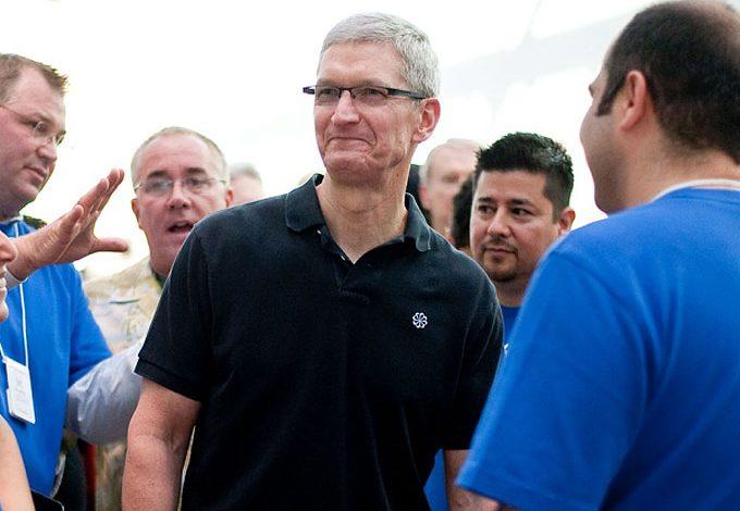"""Tim Cook'tan Apple çalışanlarına mektup: """"2014'te büyük planlara hazır olun!"""""""