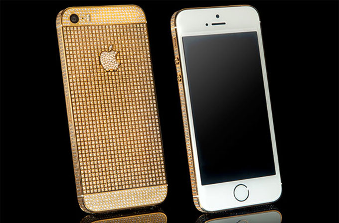 Lükse doyamayanlara: Swarovski kristal kaplı iPhone 5S