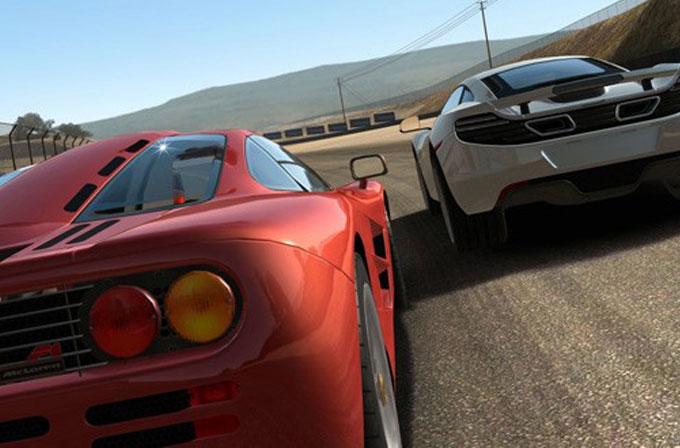 Real Racing 3'e çok önemli bir güncelleme geldi