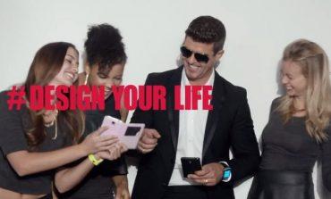 Robin Thicke da Samsung'un reklam yüzü oldu