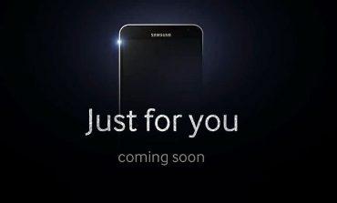 Samsung Galaxy J kendini gösterdi