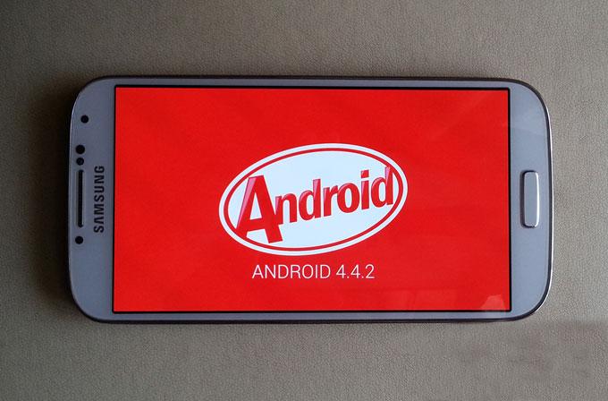 Galaxy S4 (GT-I9505) modeli için Android 4.4 KitKat sürümü sızdı!