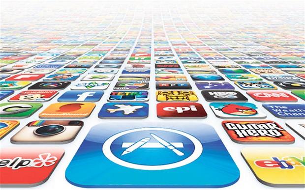 Apple App Store tarihi bir başarı elde etti