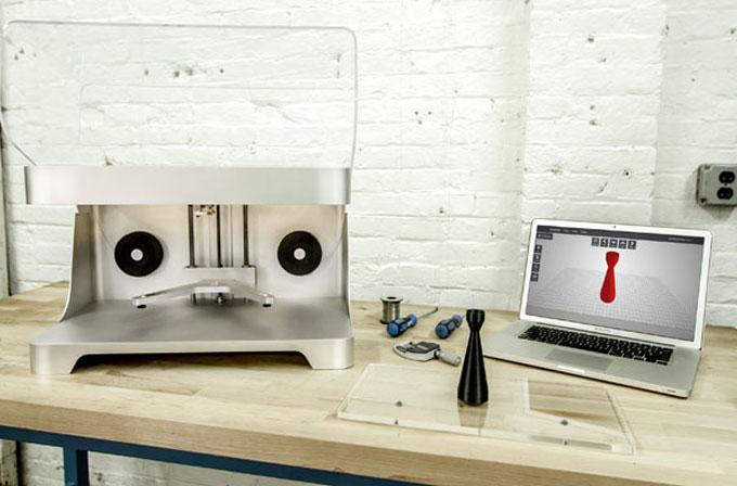Karbon fiber yazdırabilen 3D yazıcı üretildi