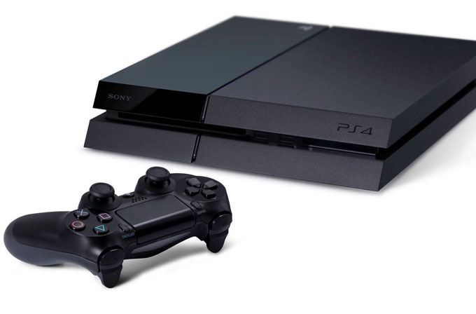 Sony, Playstation 4 satışlarıyla Xbox One'a çalım attı