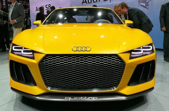 Audi'den çok şık lazer farlar