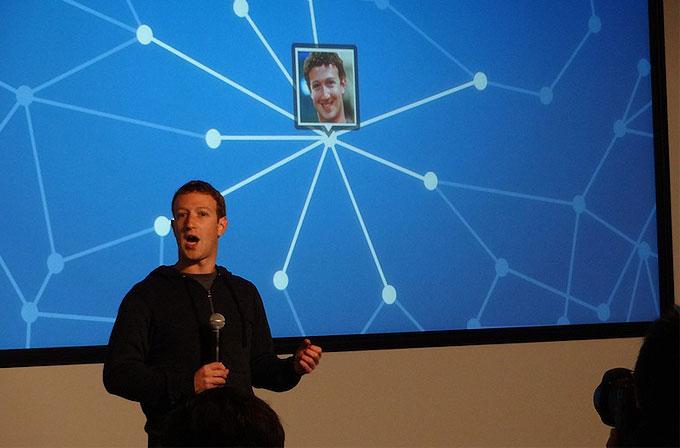 Facebook, mobil için Graph Search'ü test ediyor