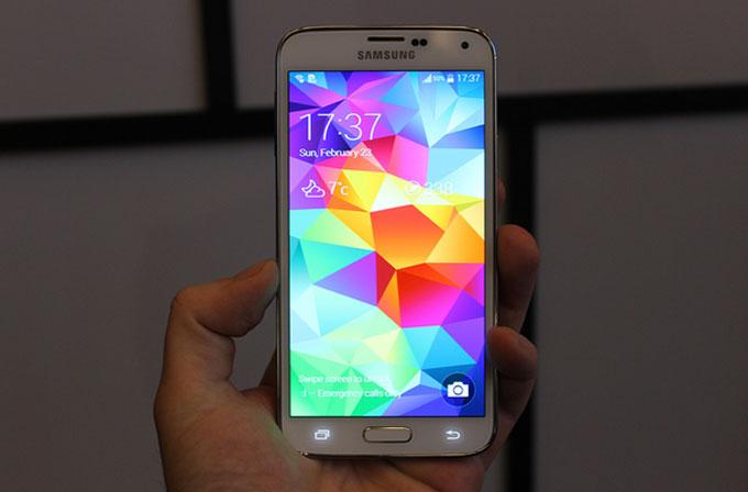 Galaxy S5 görselleri sızdırıldı