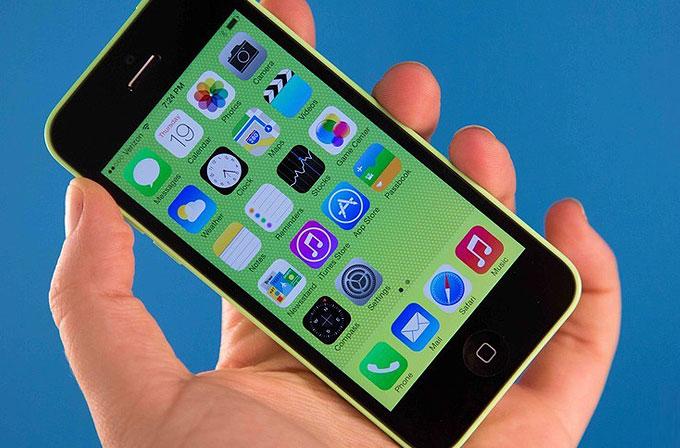 Apple'dan ucuz iPhone 5C!