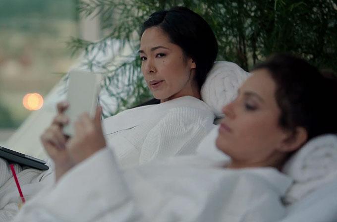 Samsung'un yeni reklamında diğer tabletlere göndermeler var