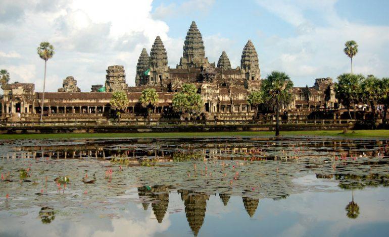 Google Street View ile Angkor Wat tapınağını gezin!