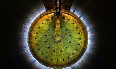 120 metre uzunluğundaki gaz tankında görsel şov