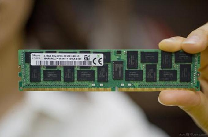 SK Hynix dünyanın ilk 128GB DDR4 belleğini geliştirdi