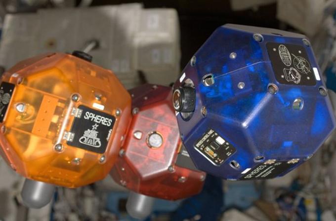 NASA, uzaya Google'ın Tango Projesi ile geliştirdiği uçan robotları yolluyor