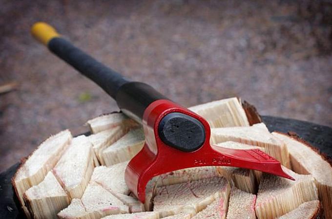 Sıradışı balta odunu rekor zamanda parçalara ayırıyor