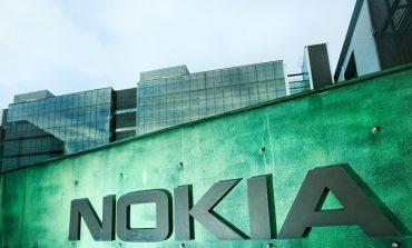 Nokia resmi olarak akıllı telefon pazarına geri dönüyor