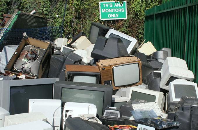 2012 yılında, 49 milyon ton elektronik atık çıktı