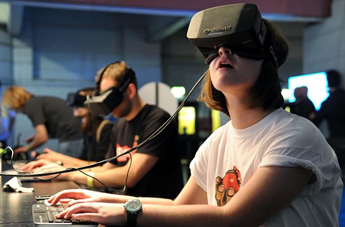 Oculus VR'den 1 milyar oyunculu MMO planı