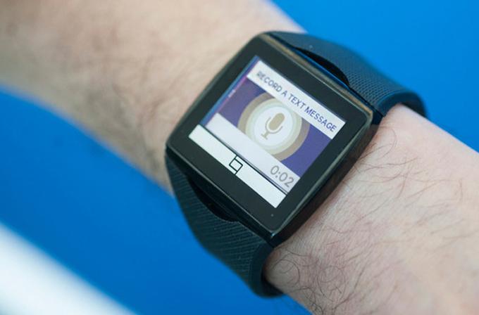 Qualcomm'un akıllı saati Toq, sesle mesaj yazabiliyor