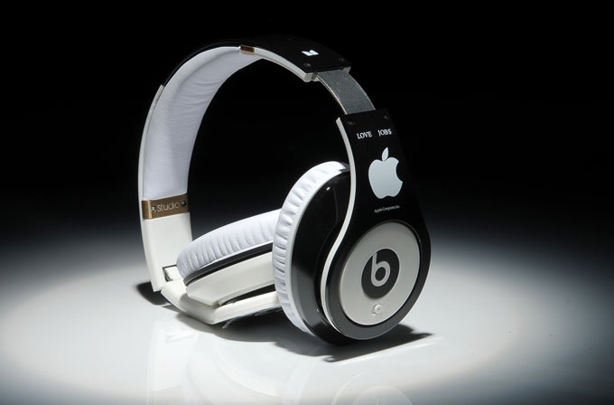 Apple, Beats Audio'yu satın alıyor!