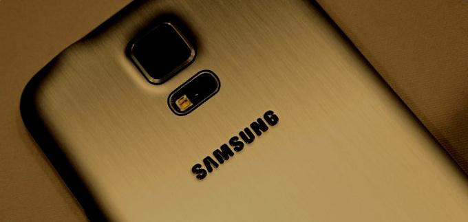Samsung Galaxy S5 Prime olduğu iddia edilen ilk görseller