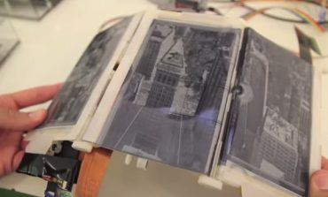 Video: Katlanabilen akıllı telefon; Paper Fold