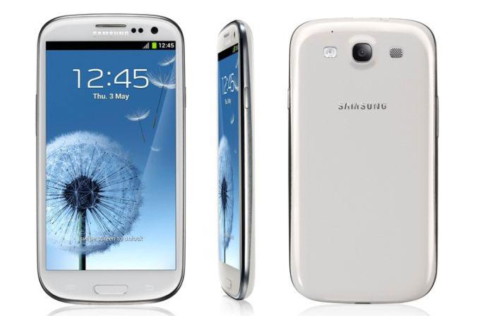 Galaxy S3 ve Galaxy S3 Mini'ye Android KitKat yok!