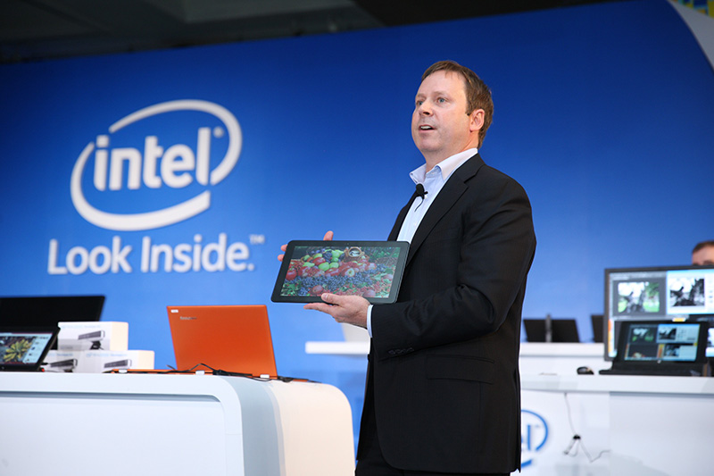 """Intel'in mobil cihazlardaki farkını ortaya koyan yeni """"Yongada Sistem (SoC)"""" ürün grubu tanıtıldı."""