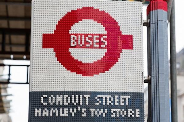 lego otobüs durağı