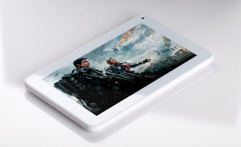 Ekonomik tablet Artes D716