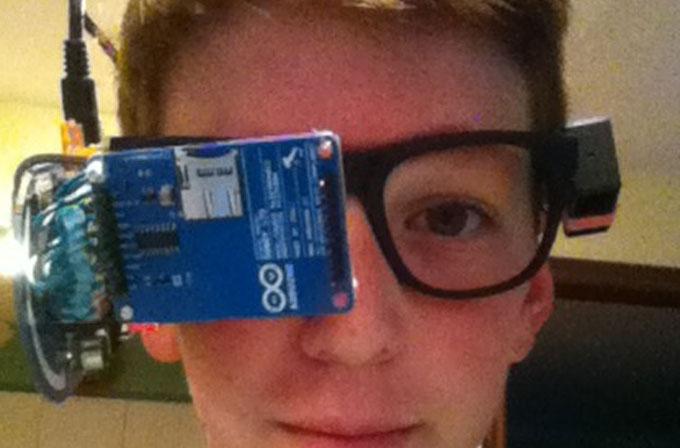 13 yaşında kendi Google Glass'ını yaptı