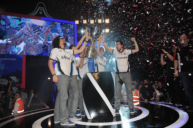 Türkiye Büyük Finali'nin şampiyonu, rakibi Team Turquality'i muhteşem performansıyla 3-1'lik skorla malup eden DP.ByNoGame oldu.