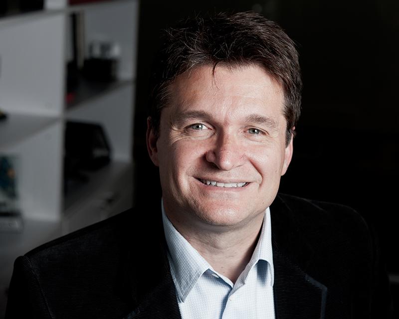 Microsoft Türkiye Genel Müdürü Tamer Özmen
