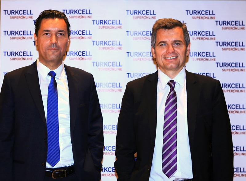 Turkcell Superonline Gen Müdür Yardımcısı Ceyhun Özata ve Gen Müdürü Murat Erkan
