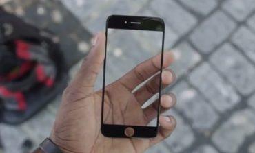 Her iPhone 6 safir ekran olmayacak!