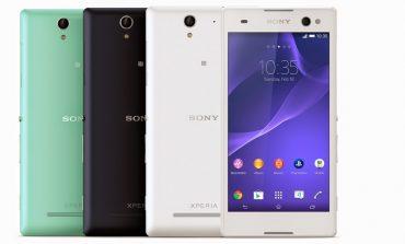 """Sony, Xperia C3 ile diğer """"selfie telefonları""""nı bitireceğini düşünüyor"""