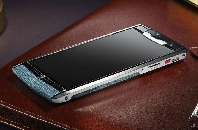 Vertu ve Bentley ortaklaşa akıllı telefon üretecek
